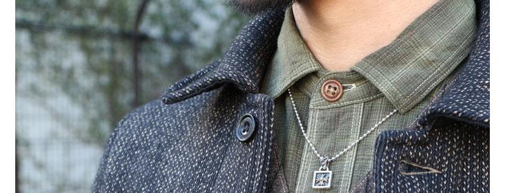 chrome hearts クロムハーツ メンズギフトにおすすめのネックレス フレームドCHクロスチャーム