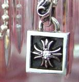 chrome hearts クロムハーツ メンズギフトにおすすめのネックレス フレームドCHプラスチャームwithダイヤモンド
