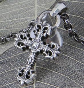 chrome hearts クロムハーツ メンズギフトにおすすめのネックレス フィリグリークロスペンダント XS with ベイル